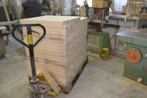 Stuhl Material